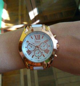 Женские часы новые Geneva