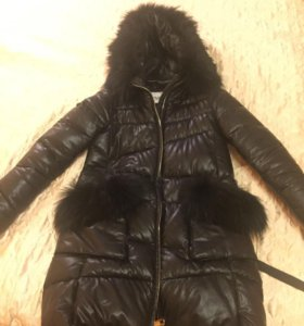 Продаю женскую зимнюю куртку
