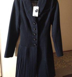 Новое пальто осень - весна!!!!Срочно!