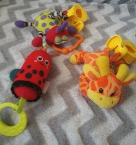 Игрушки-погремушки дребезжалки для коляски/кроватк