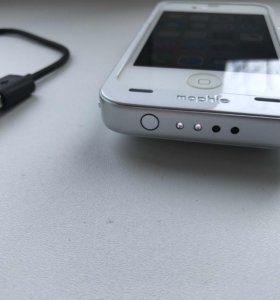 Чехол Mophie Juice Pack Air для iPhone 4 и 4s