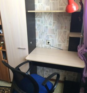 Стол со шкафом