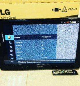 ЖК-телевизор Samsung LE-32B530P7W (81 см)