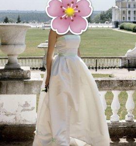Платье на свадьбу или на выпускной