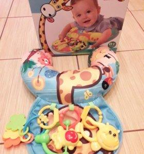 Подушка для новорожденного с игрушками!