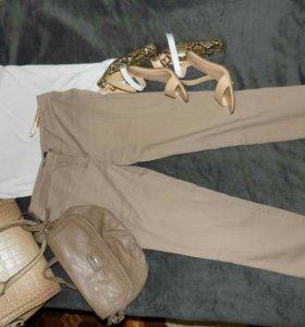 Комплект- брюки, футболка, босоножки, сумка
