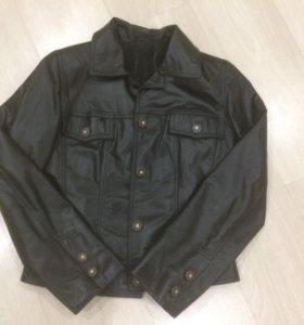Куртка кожаная натуральная в отличном состоянии