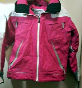 Горнолыжная куртка женская Columbia