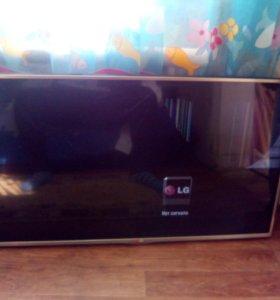 Телевизор LG 42 дюйма(106см)