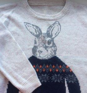 Продам тёплый свитер 🐰