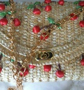 Модная сумочка из соломки