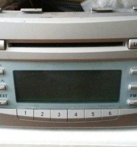 Оригинальная магнитола для Toyota Camri 40