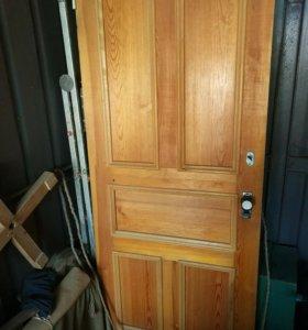 Входные и межкомнатные двери, можнопо отдельности.