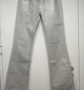 Новые джинсы Karl Lagerfield
