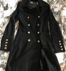 Пальто guess