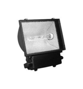 Прожектор/светильник HQI floodlight (Германия)