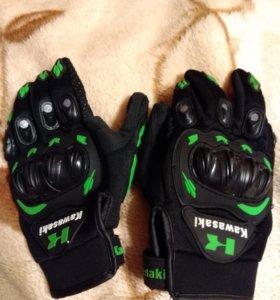 Мото перчатки kawasaki размер XL