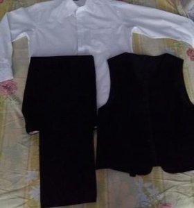 Костюм тройка (брюки, пиджак, жилет)