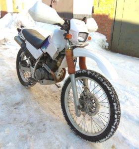 Yamaha Serow xt225