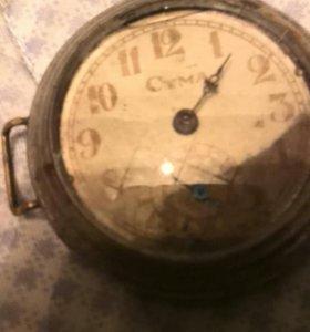 Часы серебрянныеч