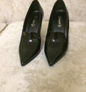 Итальянские туфли Bagatt (новые) -37р