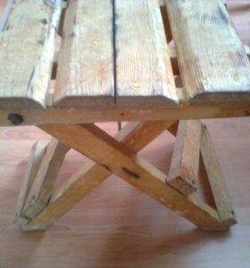 табуретки раскладные дерево,металл 2 шт.