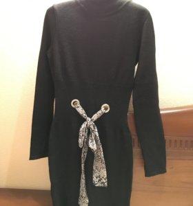 Платье тёплое трикотажное