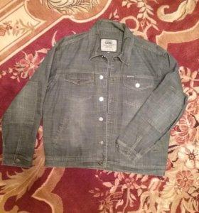 Джинсовая куртка мужск. 50 размер