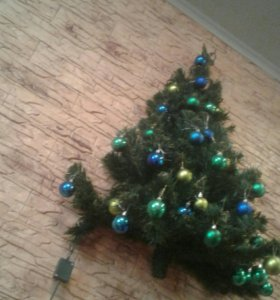 Настенная елочка из уютерры
