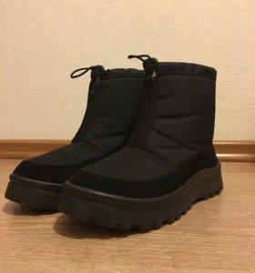 Новые мужские Демисезонные ботинки 41 размер