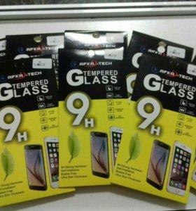 Защитные стекла на iphone 5,6,7,8