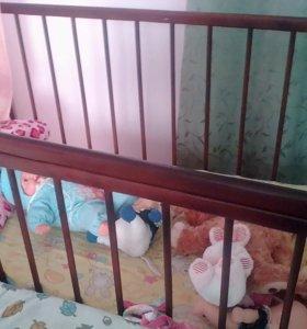 Продаю дет кровать с матрасом