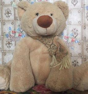 Медведь плюшевый 🐻