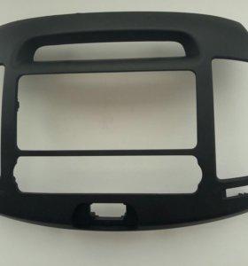 Рамка для магнитолына Hyundai Elantra