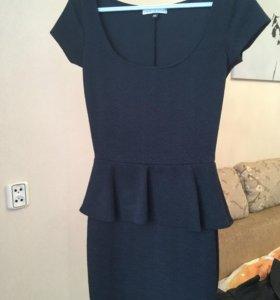 Платье фирма BERSHKA COLLECTION