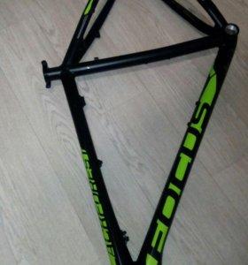 Рама от велосипеда Focus L 27.5
