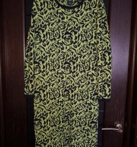 Платье шерстяное 50 размера