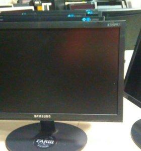 Samsung E1920