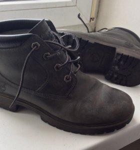 Ботинки фирмы Timberland