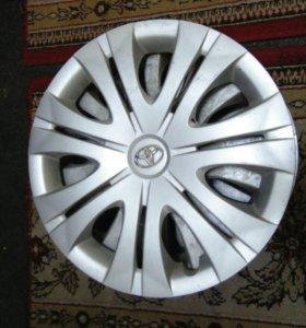 Комплект оригинальных колпаков, диаметр 16.