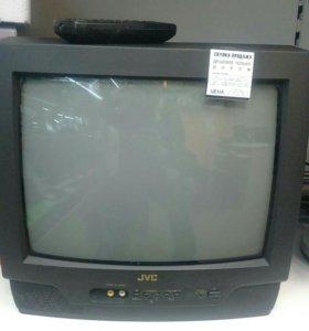 Телевизор с пультом. JVC