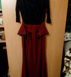 Платье б/ у 1 раз ,размер 44-46