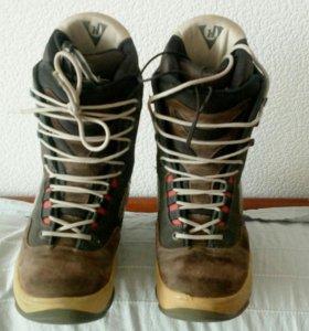 Ботинки для сноуборда (us 8, eu 40-41)