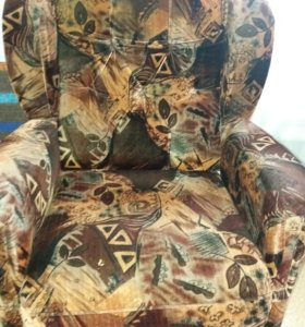 Диван и 2 кресла .Доставка по городу