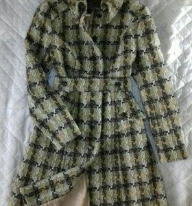Пальто новое размер М (44)