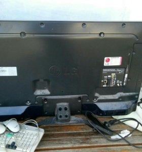 Телевизор LG 42LA643V