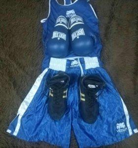 Комплект спортивной одежды для бокса