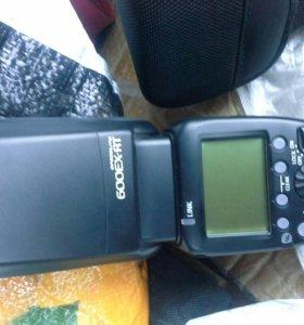 Фотовспышка Canon 600