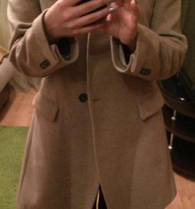 Пальто шерстяное Zara