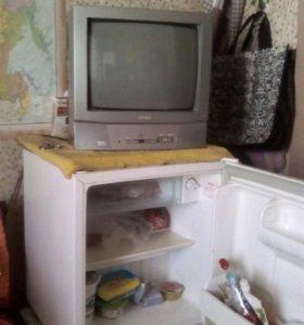 Хоодильник для дачи.телевизор